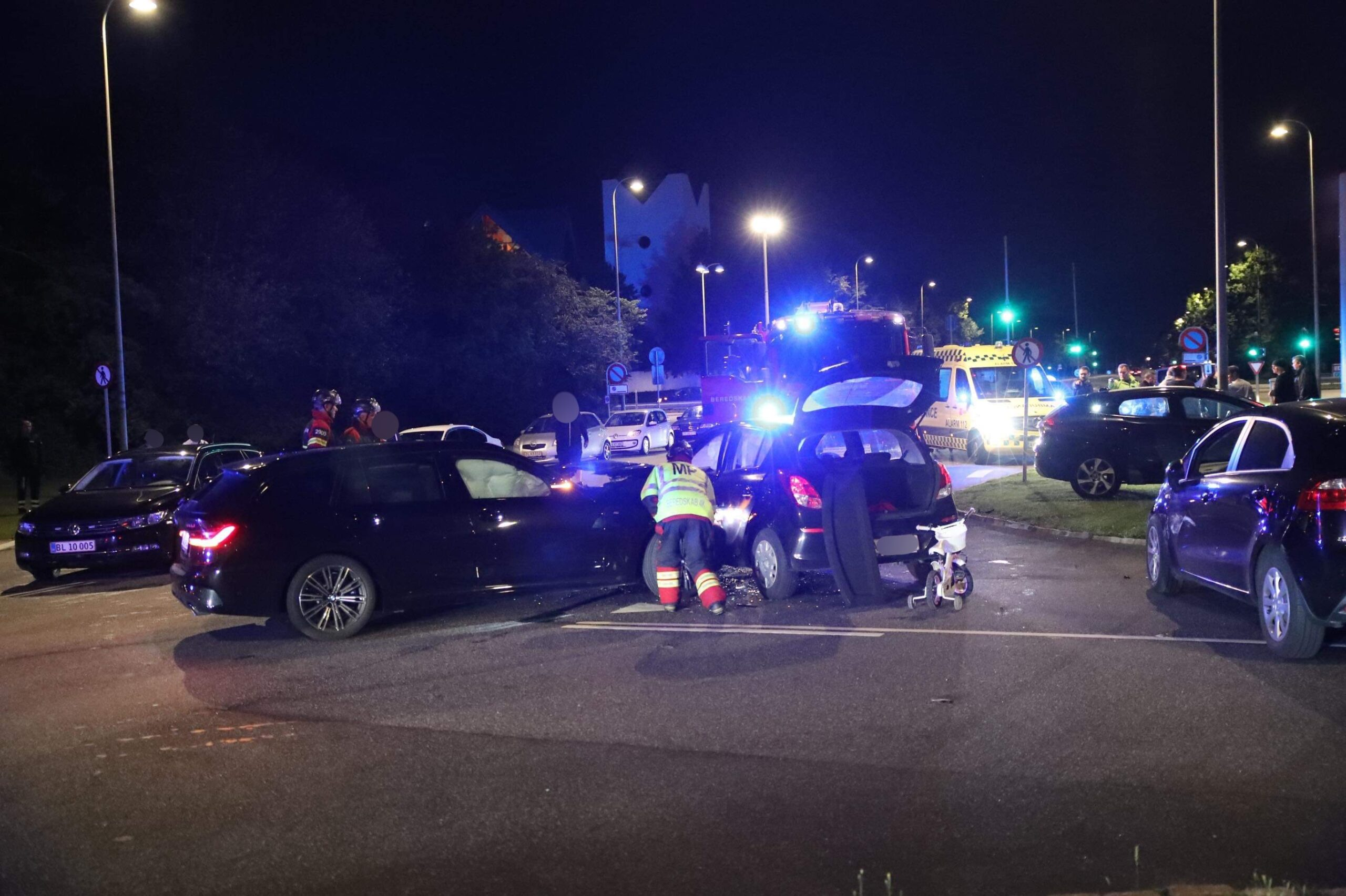 Voldsomt færdselsuheld i Ishøj -flere biler kørt sammen