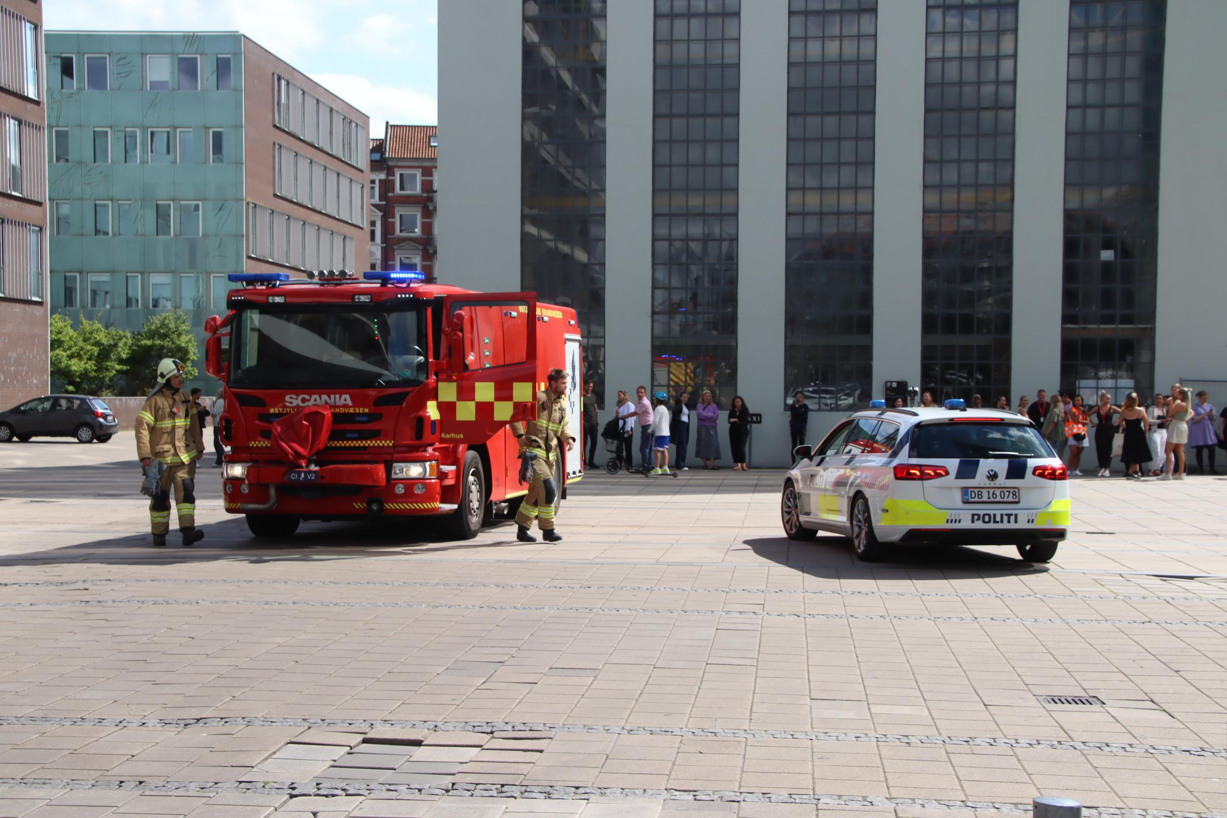 Brand i Bruuns galleri i Aarhus - alle evakueret