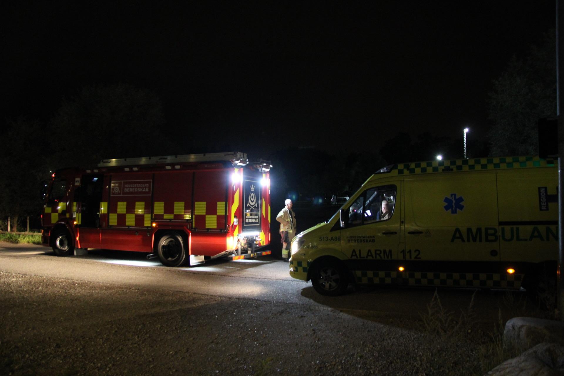 Ambulance påkørt af påvirket bilist - Én anholdt