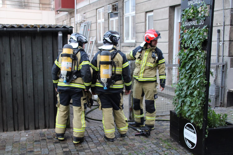Brand i skur i Roskilde