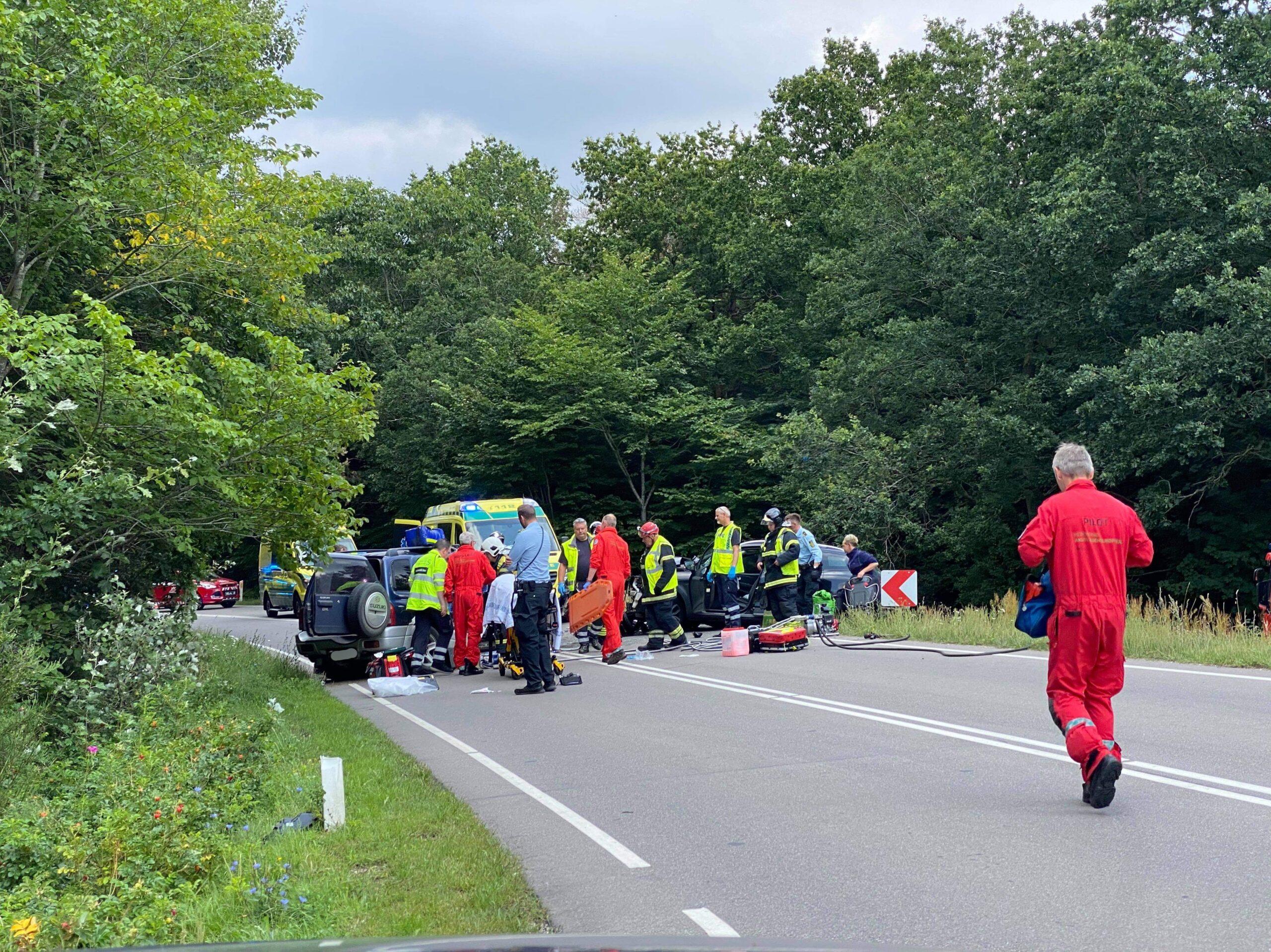 Alvorlig trafikulykke i Vig - lægehelikopter fremme