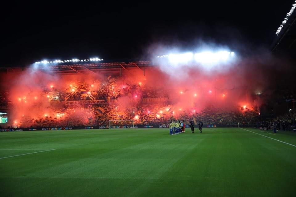 Kæmpe opbakning til spillerne i Brøndby onsdag aften