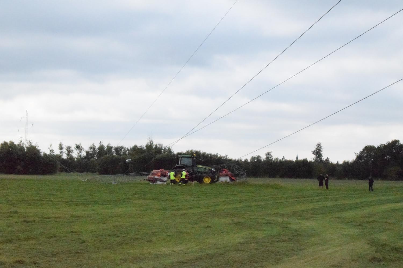 Flere uden strøm - Traktor påkørte højspændingsledning