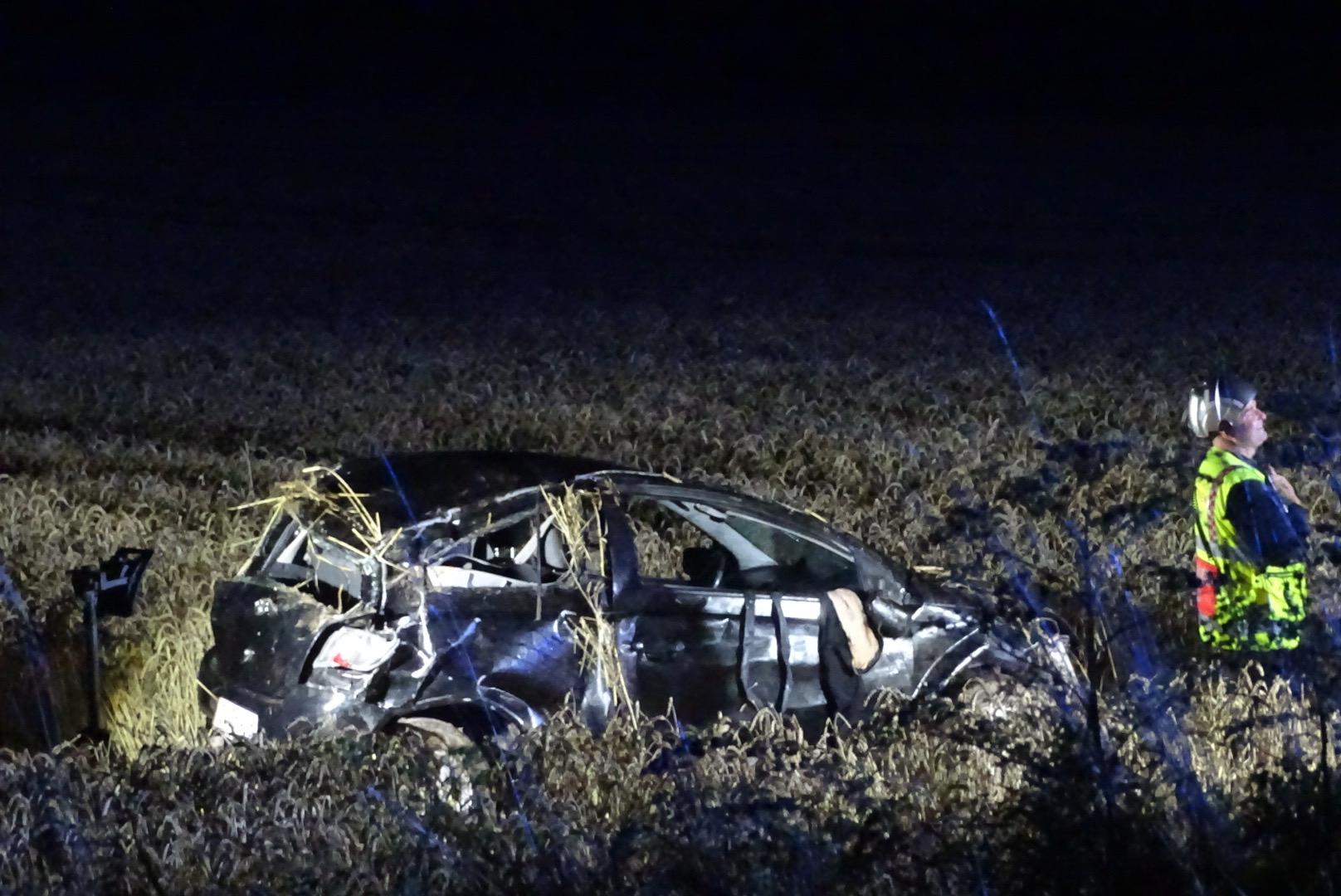 Voldsomt færdselsuheld - bil kørt af vejen