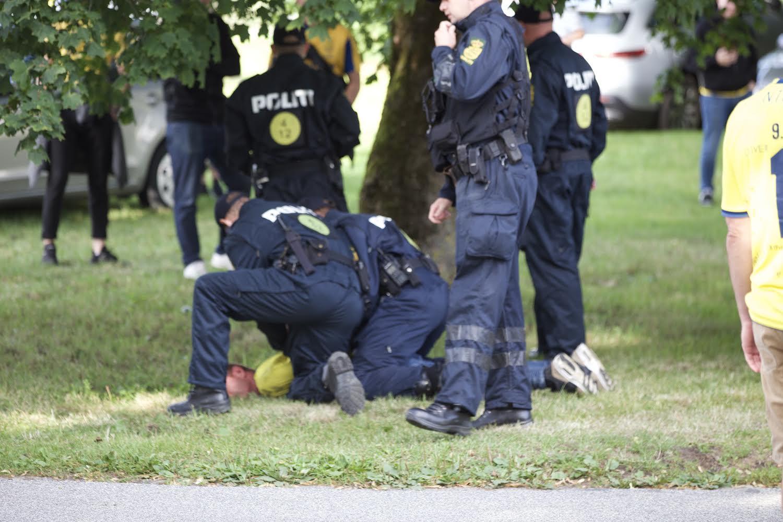 Voldelig Brøndby-fan anholdt - yderligere en bortvist