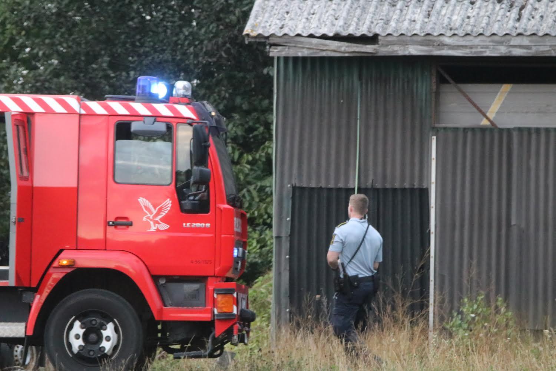 Brand i skur - brandvæsnet fremme