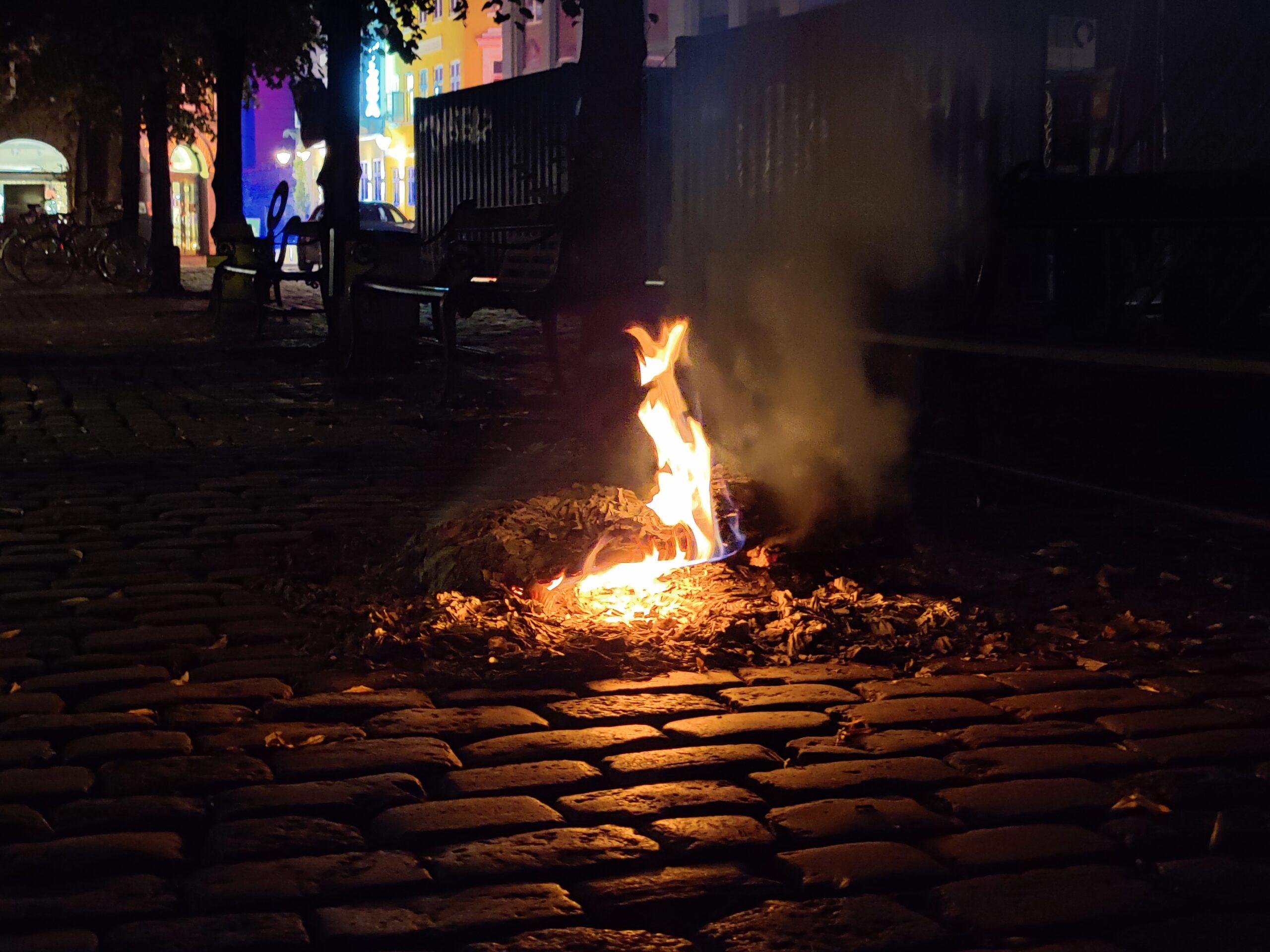 Bål på gade i København