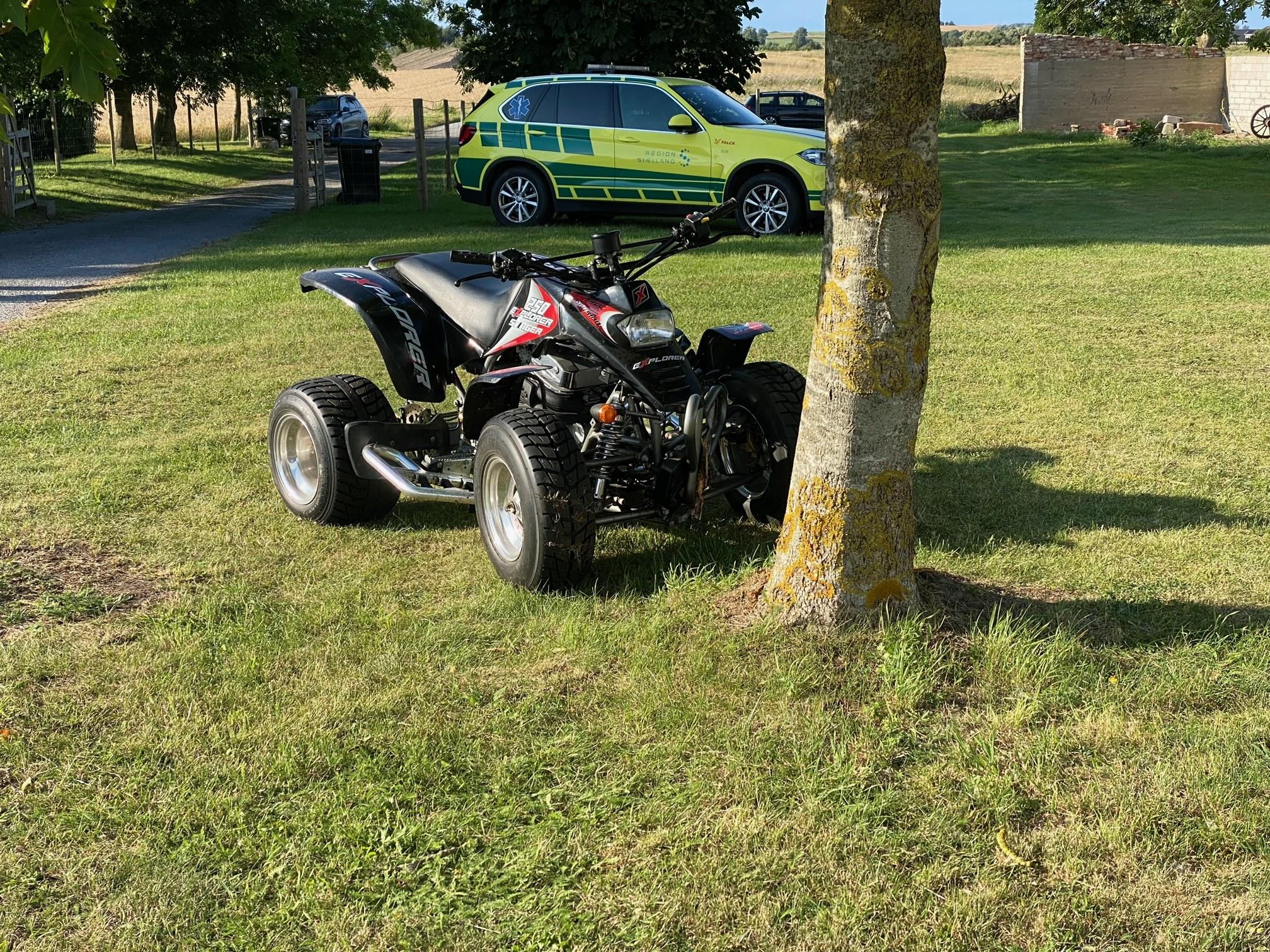 Dreng alvorligt til skade i ATV-ulykke