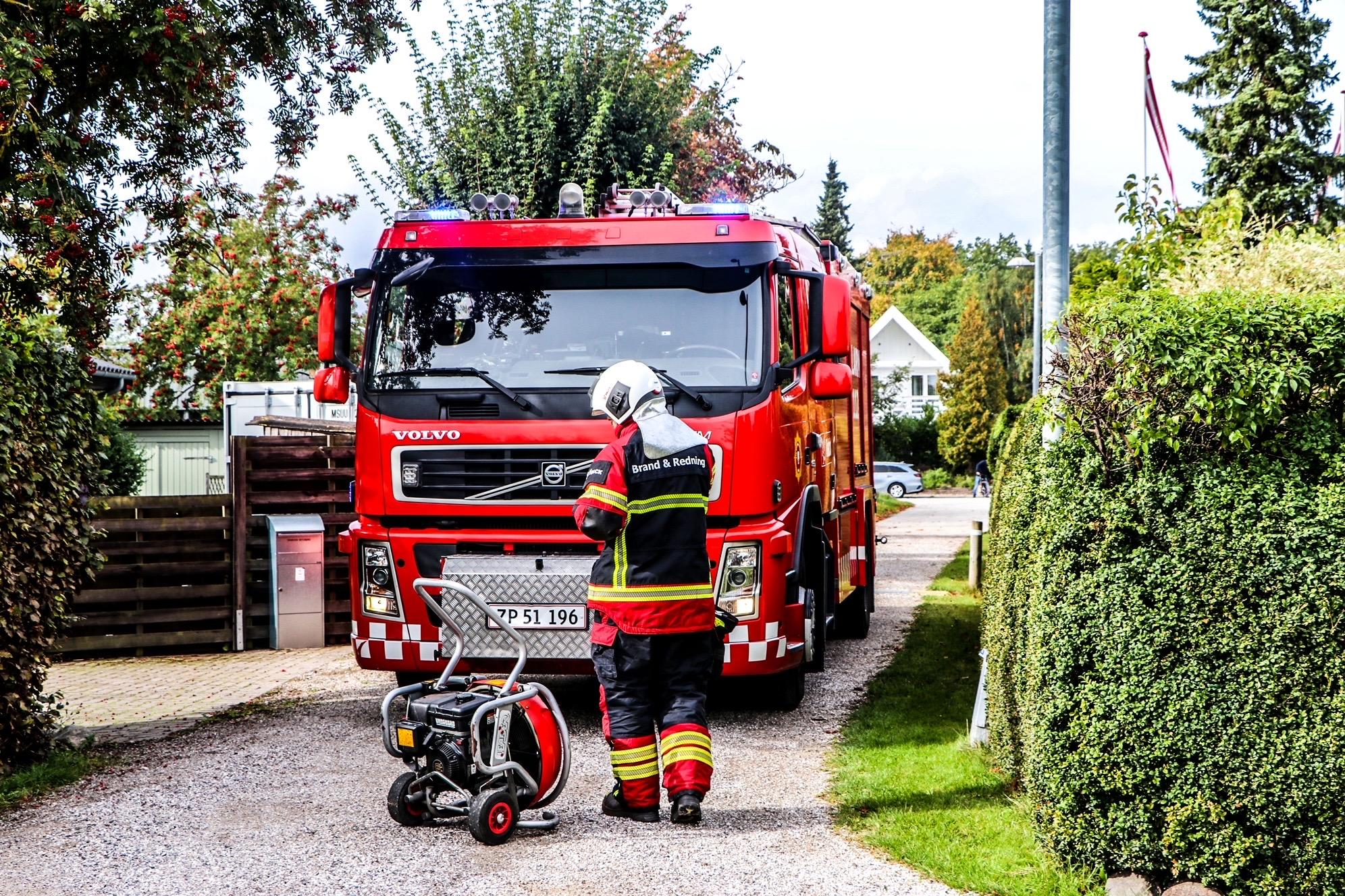 Brandvæsnet fremme i Solrød - ild i villa
