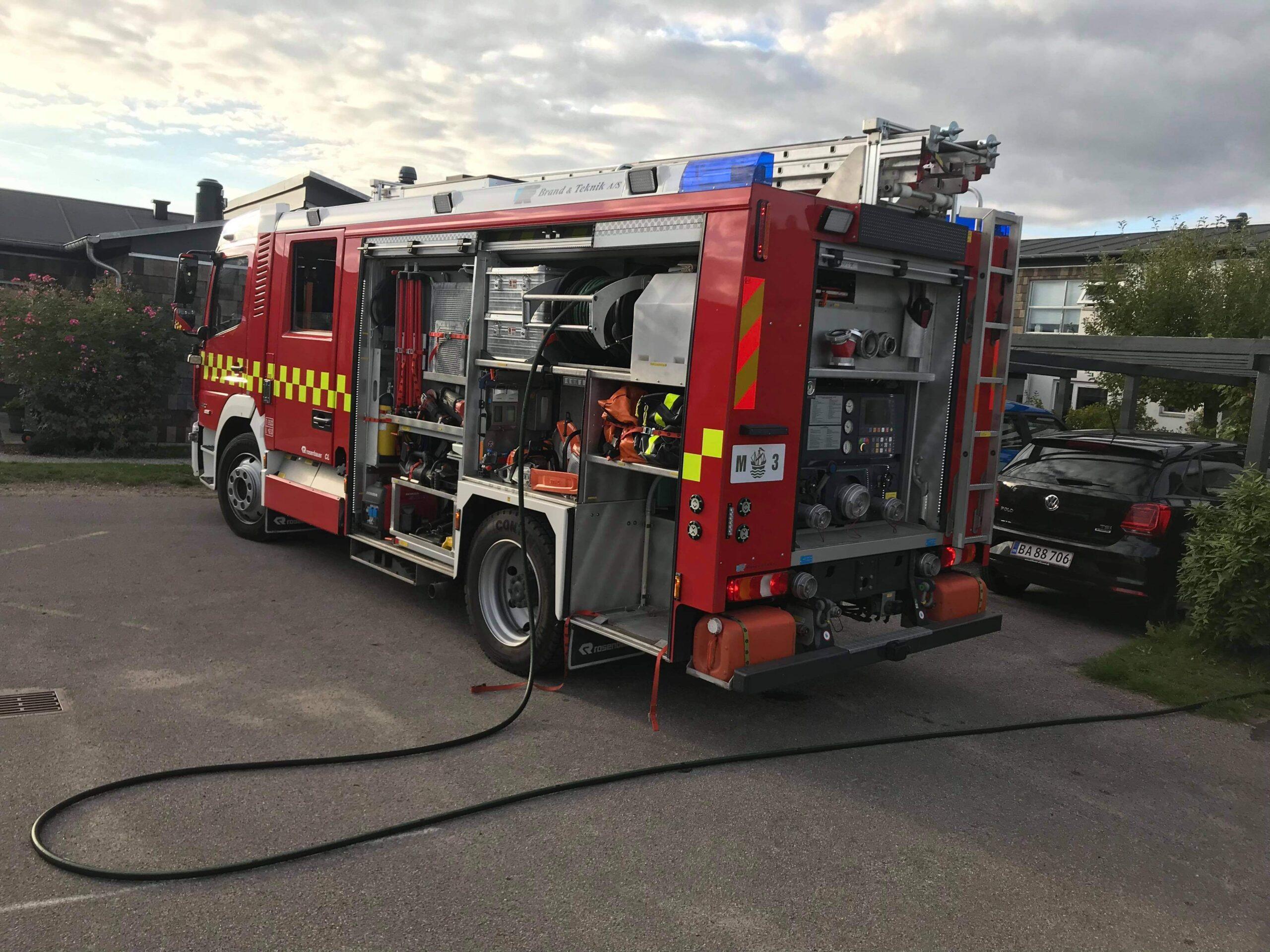 Ild i køkken - brandvæsnet til stede i Snekkersten