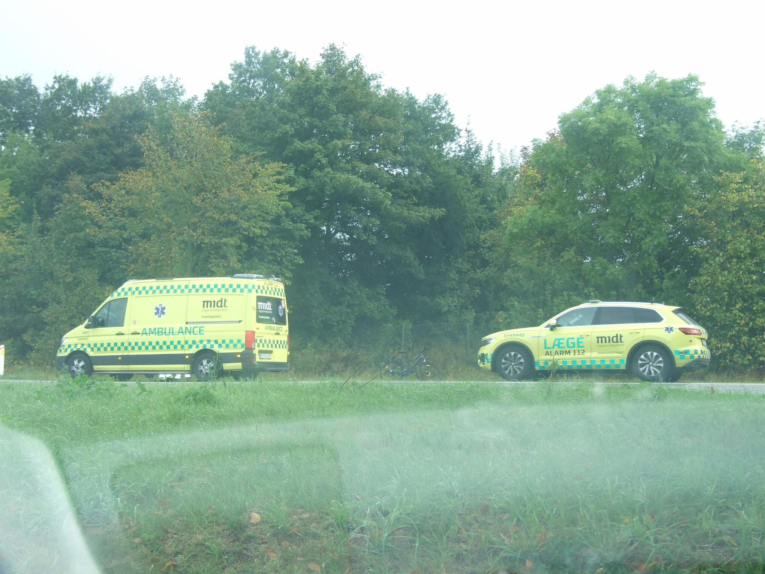 Lige nu: Cyklist kører galt ved Aarhus - ambulancer og politi på stedet