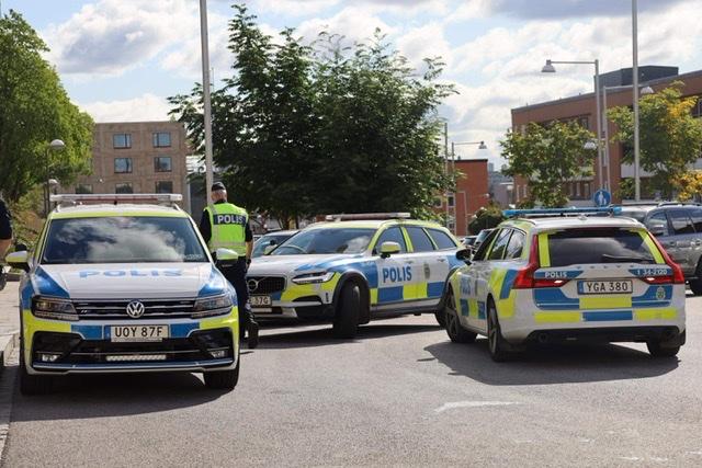 Flere anholdte - Rasmus Paludan i Stockholm