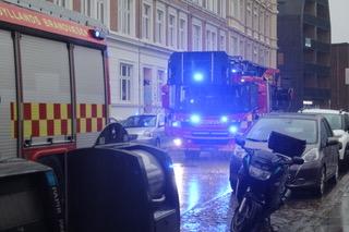Mindre lejlighedsbrand i Aarhus C - brandvæsnet er fremme
