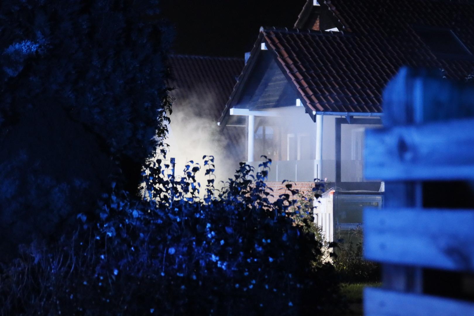 Brand i en villa i Rødovre - Redning fremme